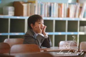 入学式後に校舎で撮影