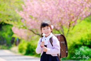 八重桜バックに記念撮影