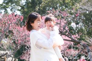 2歳女の子とママ